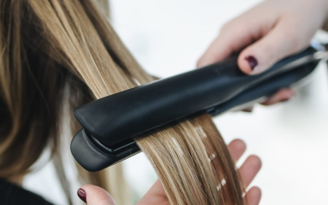 Curling Irons Vs Flat Irons – Which Is the Right One for Me?